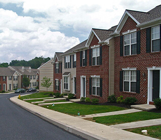 Professional land development planning services from ml for Traditional neighborhood design